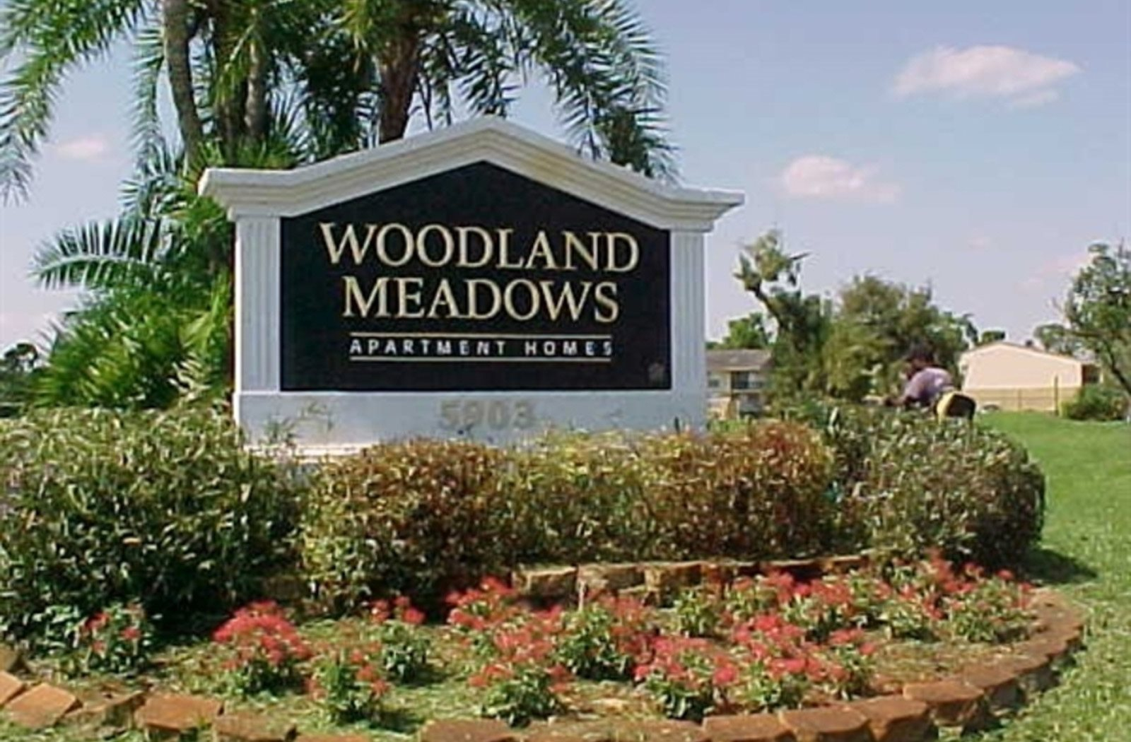 Apartments Near Woodland Mall