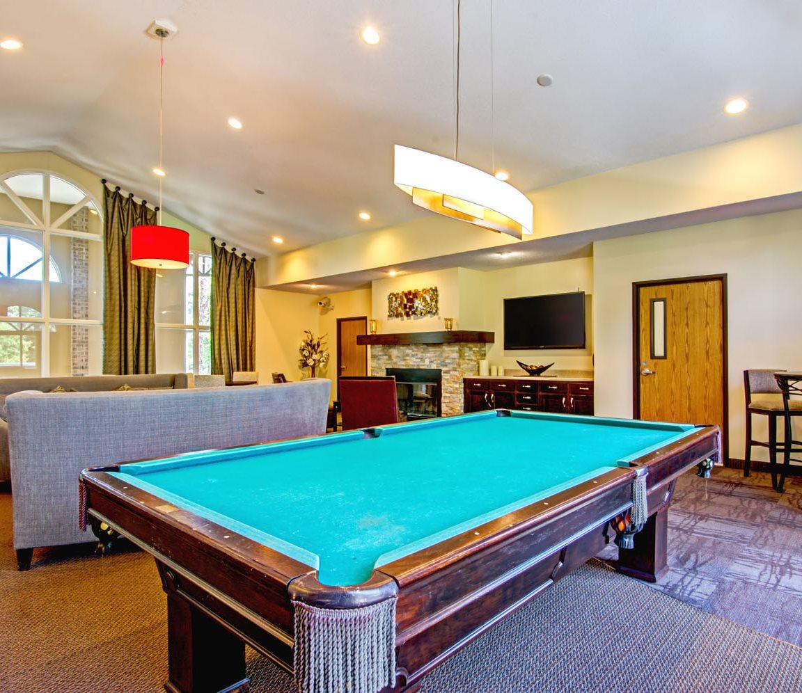 Plymouth Apartments: Vicksburg Village Apartments