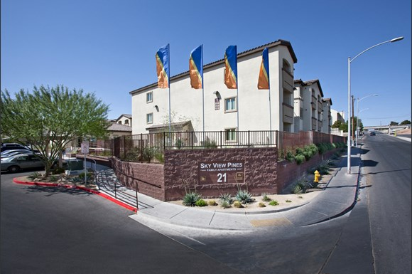 Sky View Pines Apartments 21 W Owens Ave Las Vegas Nv Rentcafe