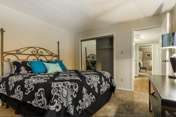 Oaks At Hulen Bend Apartments 6401 Hulen Bend Blvd Fort Worth Tx Rentcaf