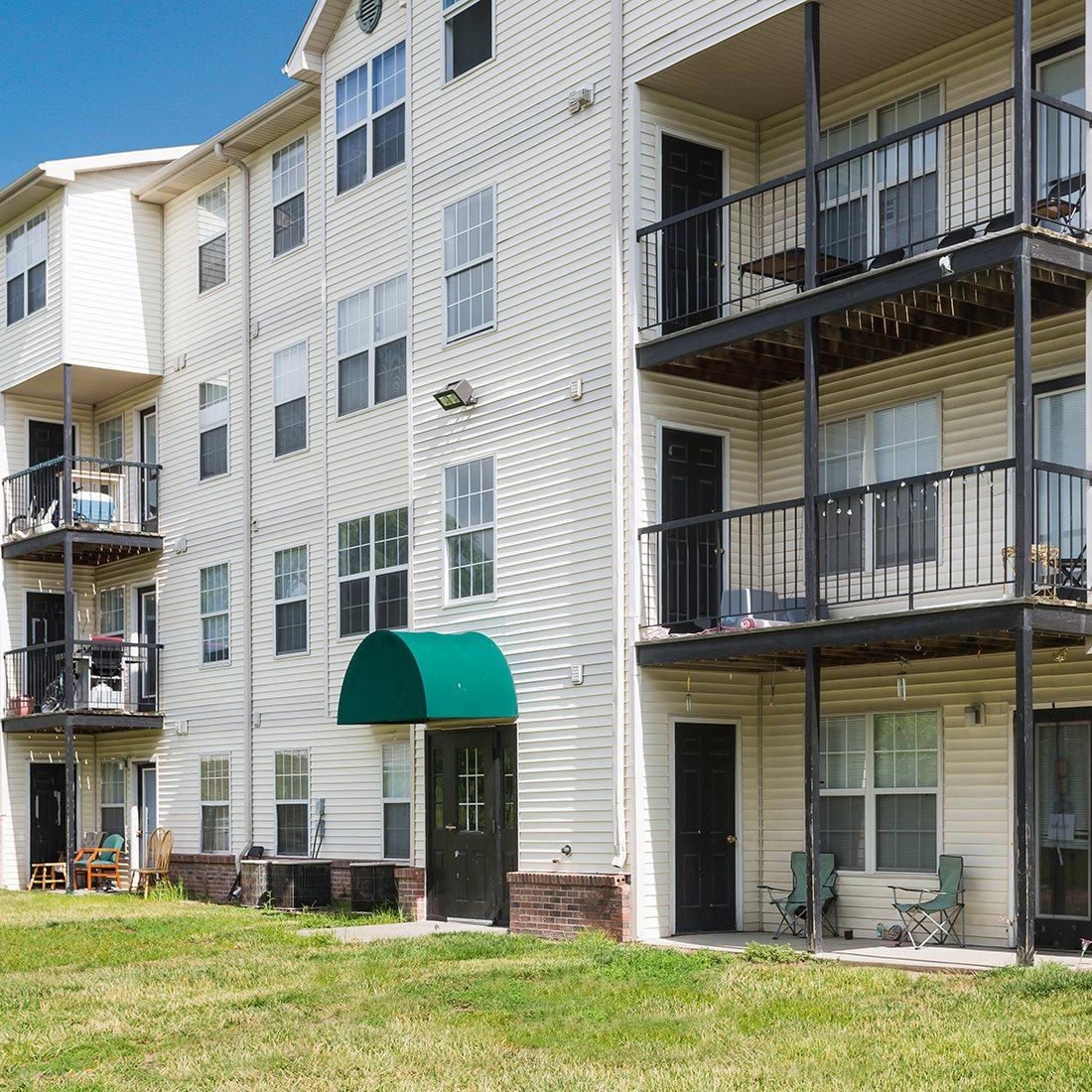 Photos And Video Of Bridgeport Apartments In Lincoln Ne
