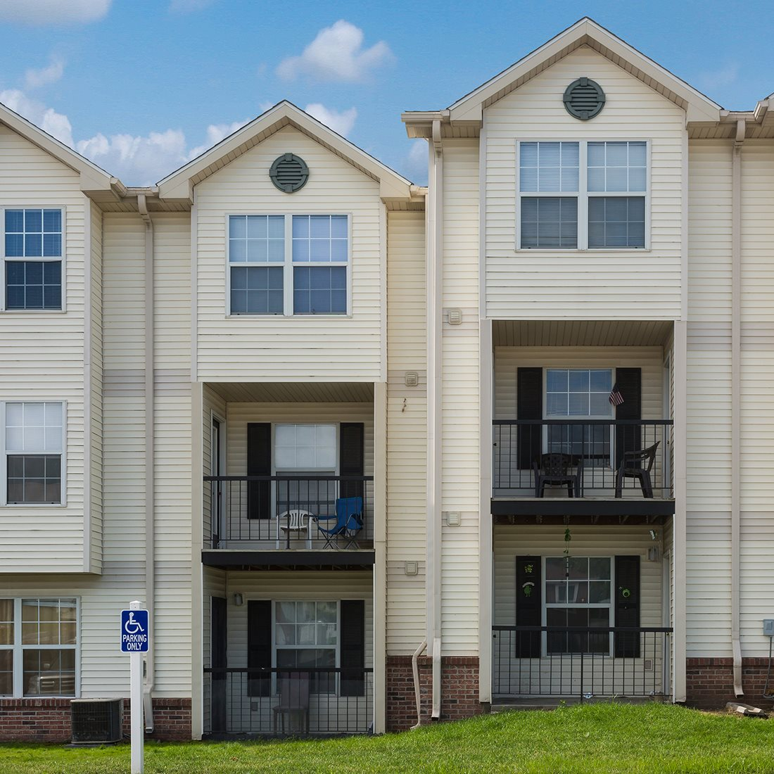 Lincoln Ne Apartments: Photos And Video Of Bridgeport Apartments In Lincoln, NE