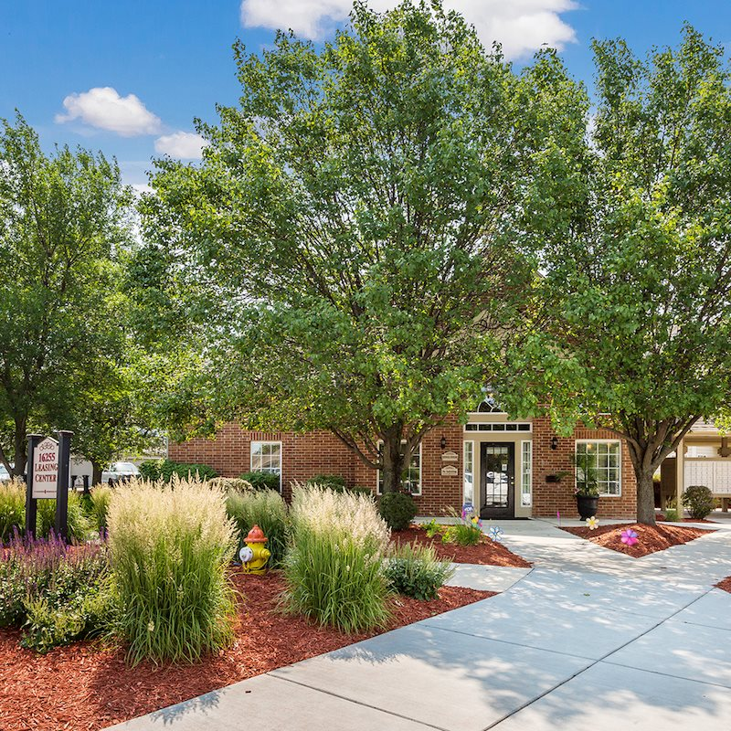 Apartments In Omaha Ne: Photos And Video Of Cambury Hills Apartments In Omaha, NE