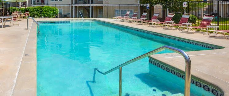 Waterbrook Apartments Lincoln, NE Pool