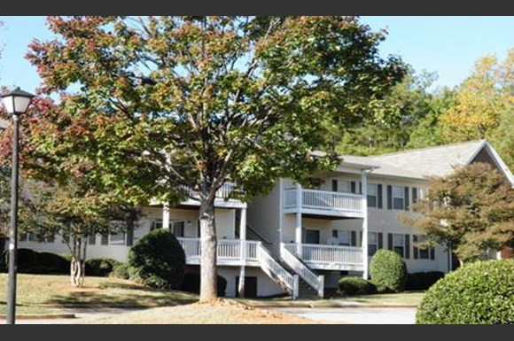 Harbison Gardens Apartments, 401 Columbiana Drive