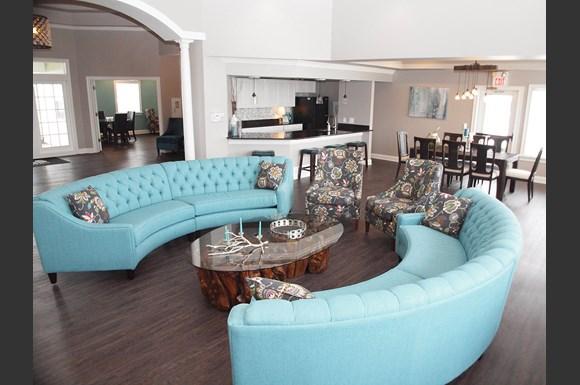 Reserve Miller Farm Apartments 551 Shelbourne Lane Centerville