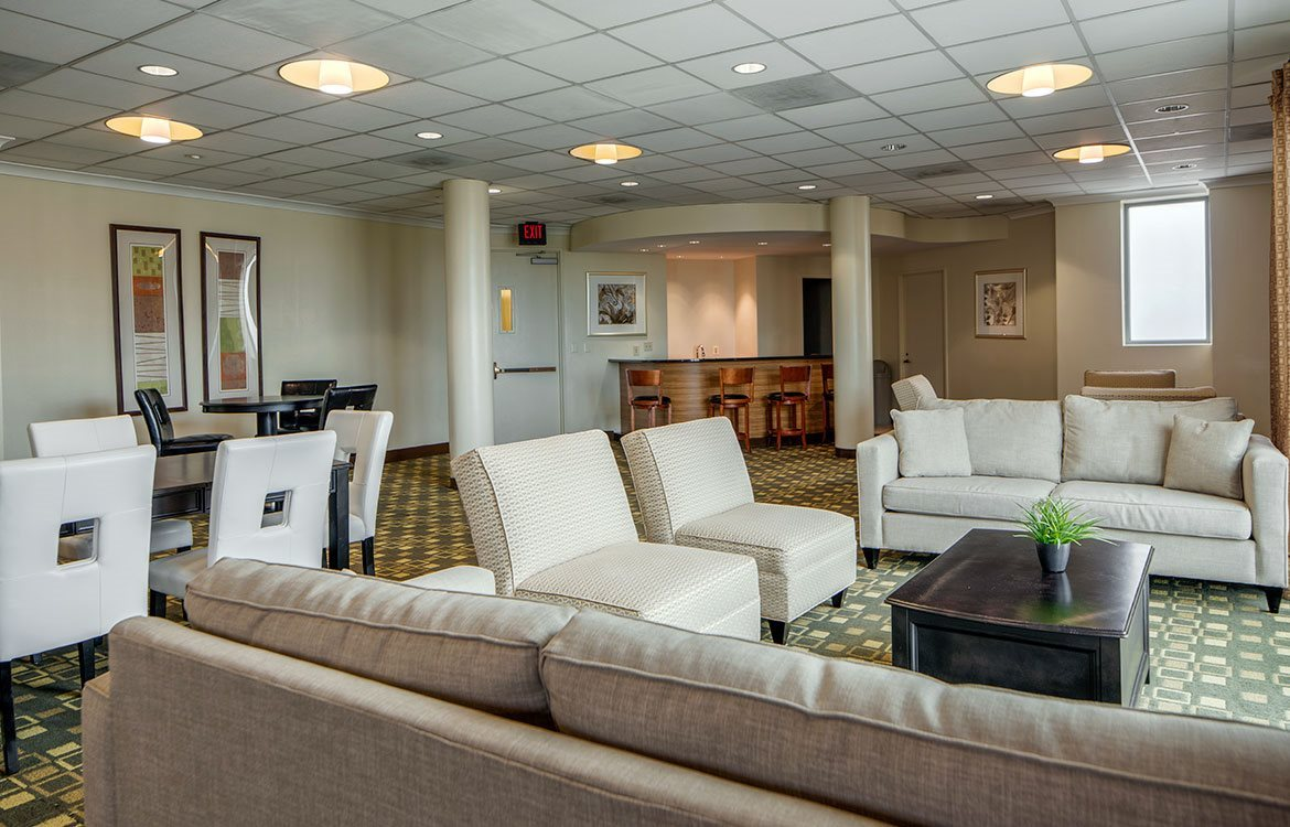 The clubroom at The Metropolitan in Bethesda provides comfortable seating areas and is reservable for events.