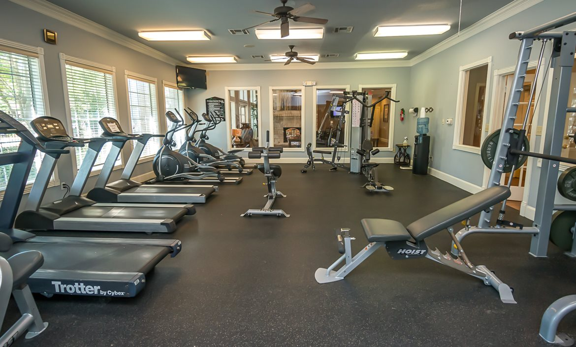 Work out at Iron Rock Ranch Apartments in the gym