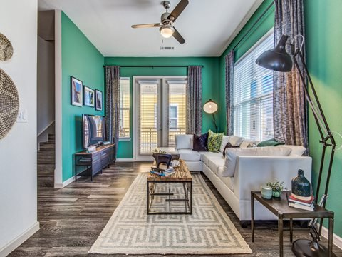 Hebron 121 Station | Apartments In Lewisville, TX |