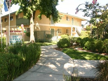 2521 Miller Avenue 1 Bed Apartment for Rent Photo Gallery 1