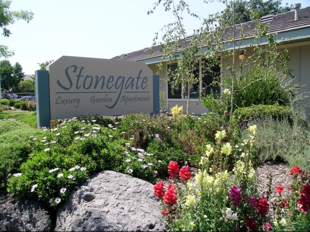 Photos And Video Of Stonegate Apartments In Manteca Ca