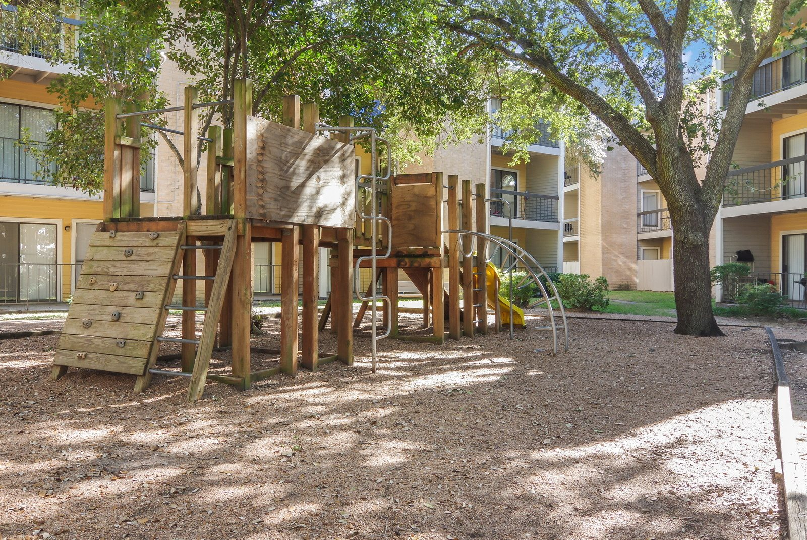 Hartford Park Apartments | Apartments in Houston, TX