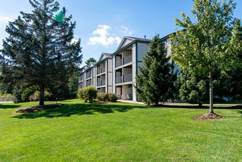 18270 Woodland Ridge Dr. 1-3 Beds Apartment for Rent Photo Gallery 1