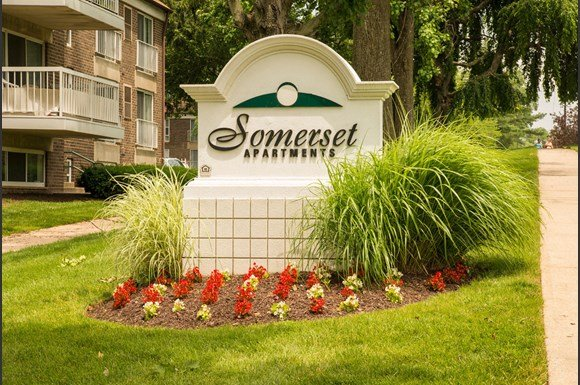 sign - Hewitt Gardens Apartments Aspen Hill Md