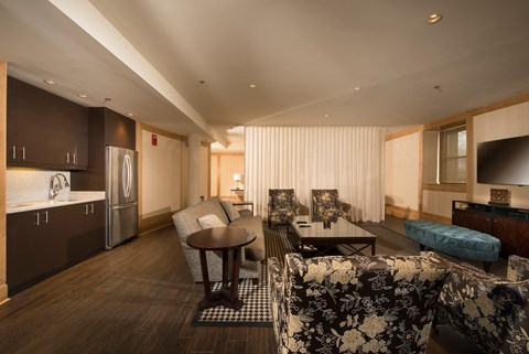 Clubroom with Kitchenette
