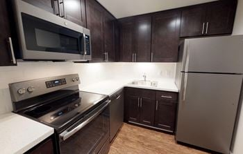 103 E. Mount Royal Ave Studio-3 Beds Apartment for Rent Photo Gallery 1