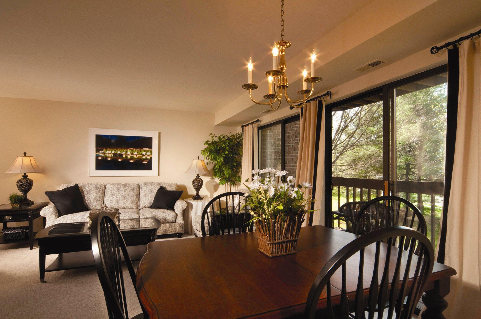 Wintergreen living room
