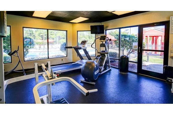 24 Hour Fitness Center at Fairfield Lakes Apartments in Pensacola FL