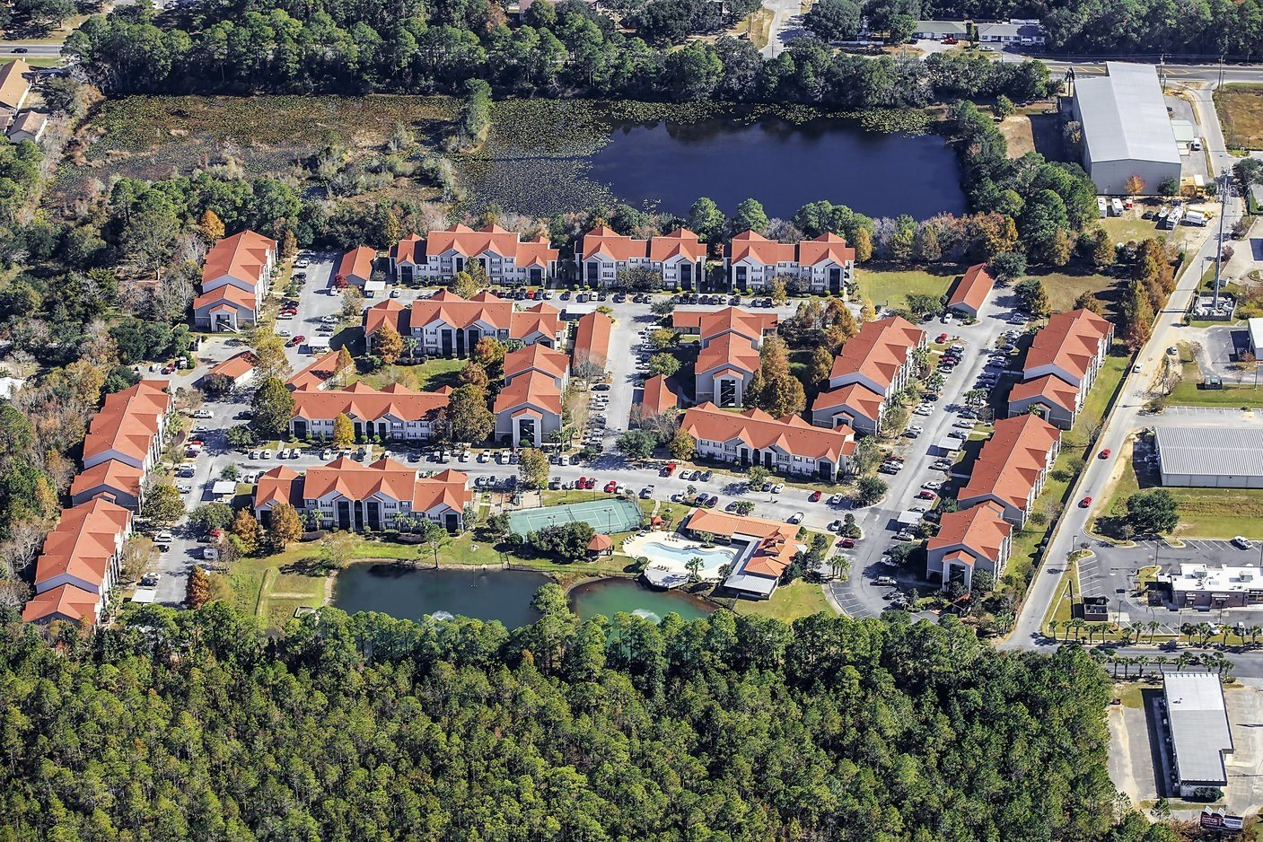 Panoramic View of Fairfield Lakes Apartments