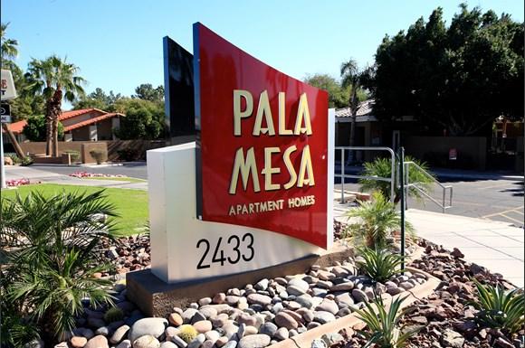 Pala Mesa Apartments 2433 W Main St Mesa Az Rentcaf 233