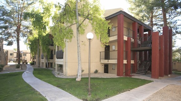 Paradise Falls Apartment Homes 15434 N 32nd St Phoenix