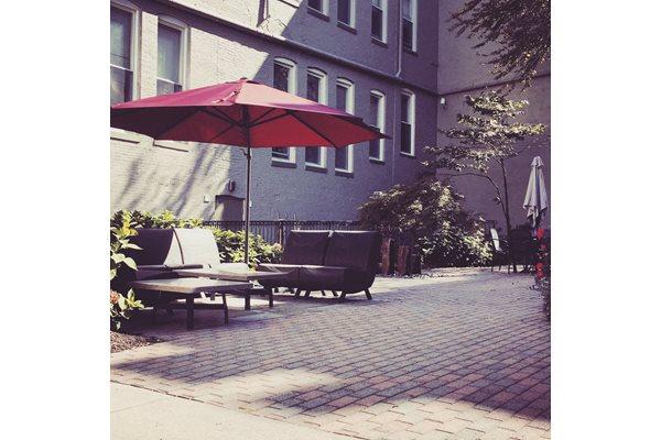Beautiful, Relaxing Courtyard