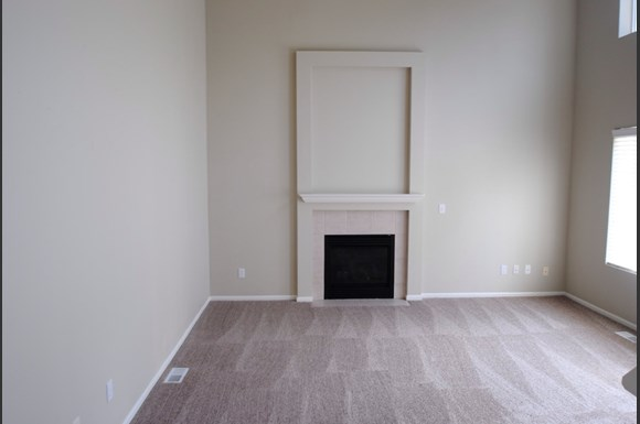 3 Bedroom House For Rent At 21721 42nd Place S Kent Wa Rentcaf