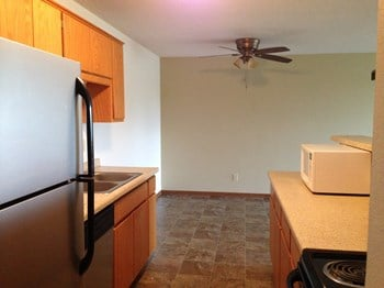 1200 Division Street E. 1-3 Beds Apartment for Rent Photo Gallery 1