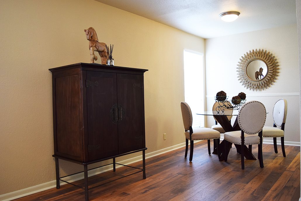 Dining Room Property Photo at Marland Place Apartments in Temple , TX  76502
