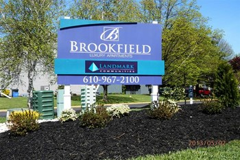 160 Brookfield Circle 1-2 Beds Apartment for Rent Photo Gallery 1