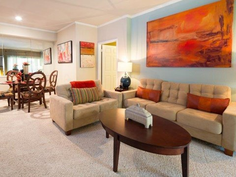 Colonnade at Willow Bend luxury apartments for rent