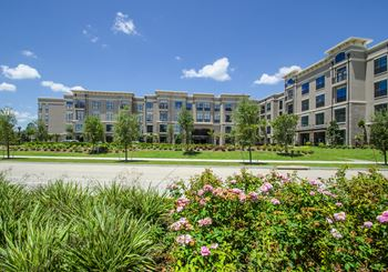 13710 Park Row Drive 1-2 Beds Apartment for Rent Photo Gallery 1
