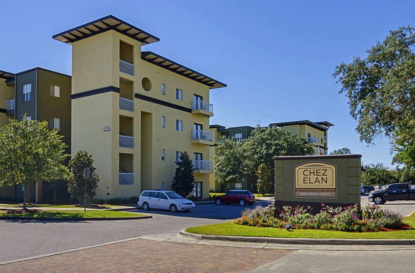 Property Entrance at Chez Elan Fine Apartment Homes in Fort Walton Beach, Florida, FL