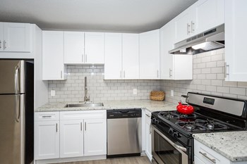 2035 Memorial Dr. 1-2 Beds Apartment for Rent Photo Gallery 1