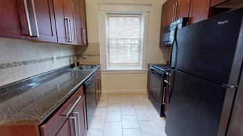 128 Broad St. 1-2 Beds Apartment for Rent Photo Gallery 1