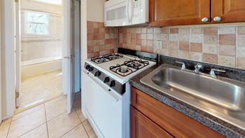 114 Montgomery Street 1-2 Beds Apartment for Rent Photo Gallery 1