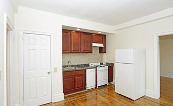 263 Franklin Ave. 1-2 Beds Apartment for Rent Photo Gallery 1