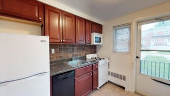 90b Celia Terrace 1-2 Beds Apartment for Rent Photo Gallery 1