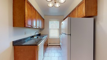 186 Franklin St. Studio-2 Beds Apartment for Rent Photo Gallery 1