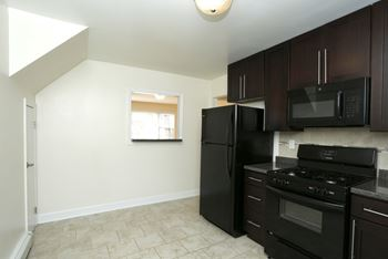 Super Apartments For Rent Near Rutgers University New Brunswick Home Interior And Landscaping Oversignezvosmurscom