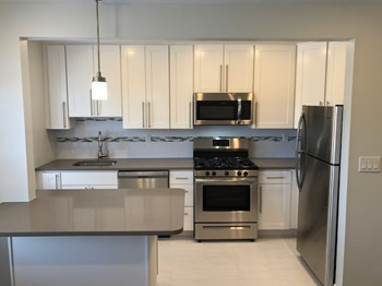 744 Elm Avenue 1-2 Beds Apartment for Rent Photo Gallery 1