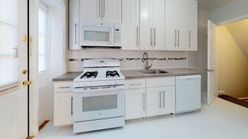 764 Scotland Rd. 1-2 Beds Apartment for Rent Photo Gallery 1