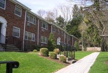 24 Hillside Avenue 1-3 Beds Apartment for Rent Photo Gallery 1