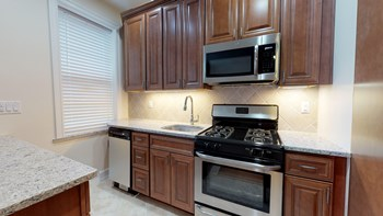 160-174 Summit Ave. 2 Beds Apartment for Rent Photo Gallery 1