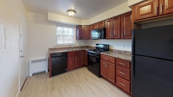500 Camden Avenue 1-2 Beds Apartment for Rent Photo Gallery 1