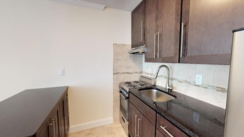 48 Roseland Avenue Studio-2 Beds Apartment for Rent Photo Gallery 1
