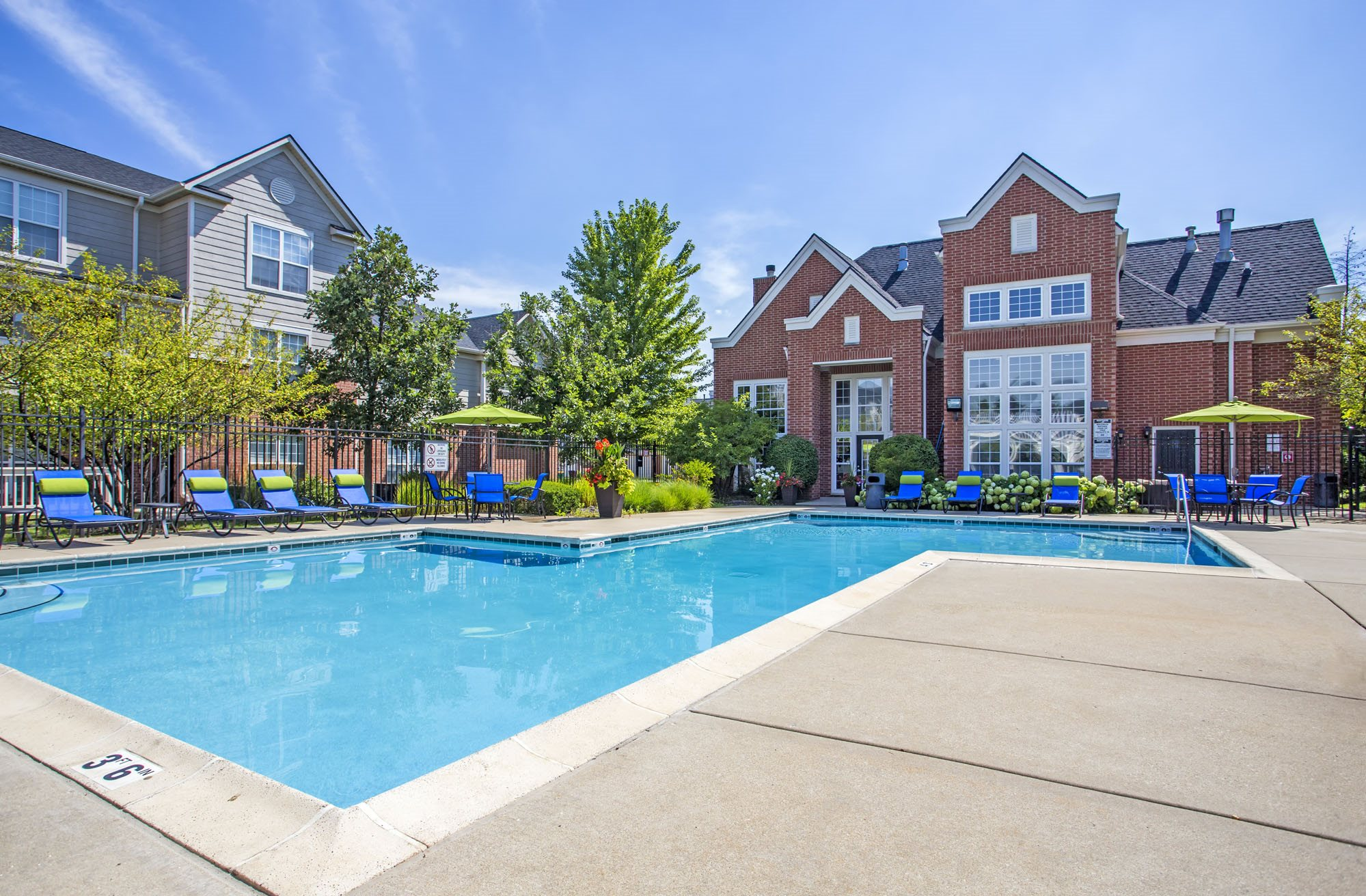 Stratford Green | Apartments in Bloomingdale, IL