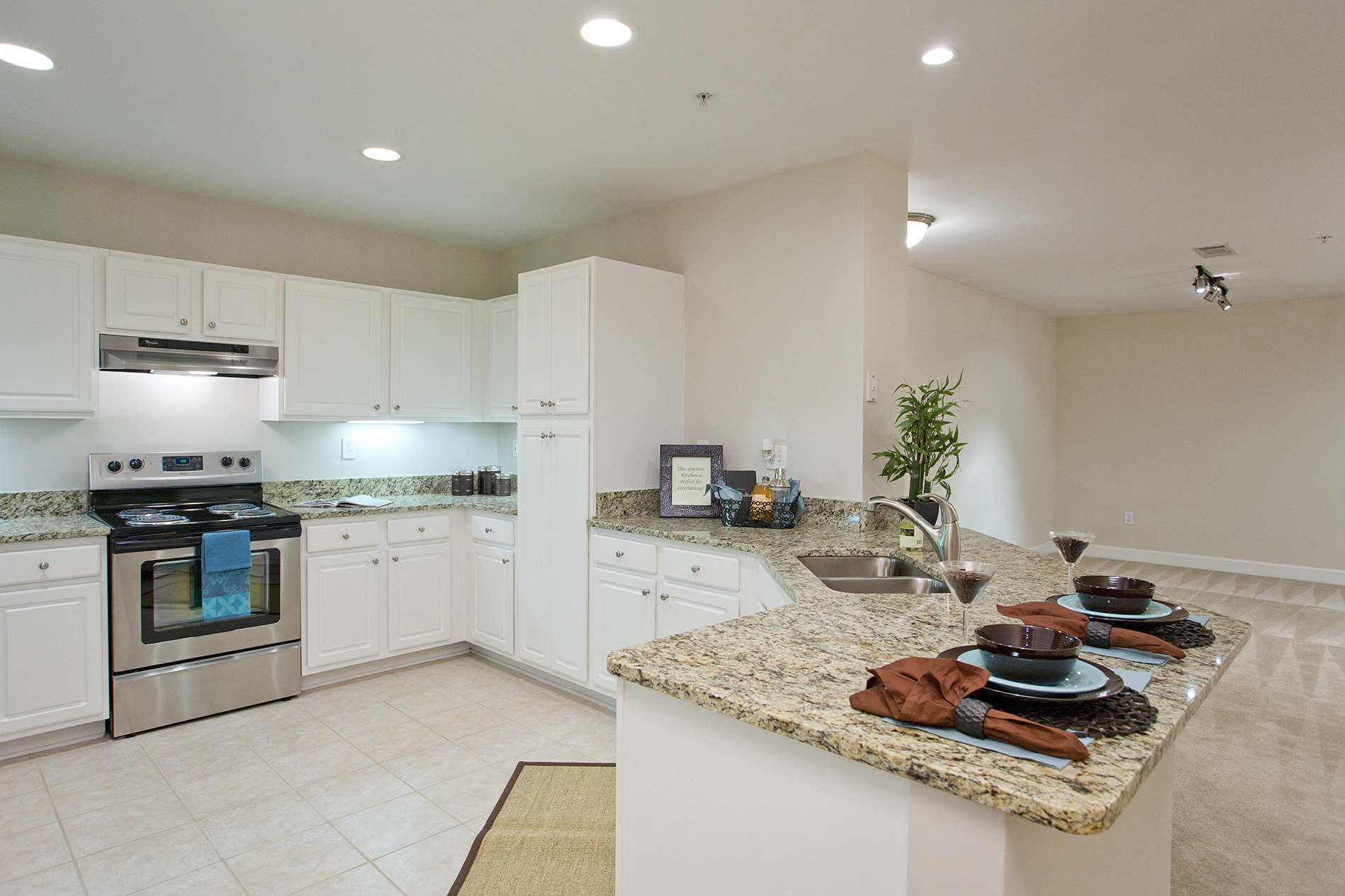 Gourmet Kitchen With Breakfast Bar And Pantry At Windsor At Midtown, 222  14th Street NE