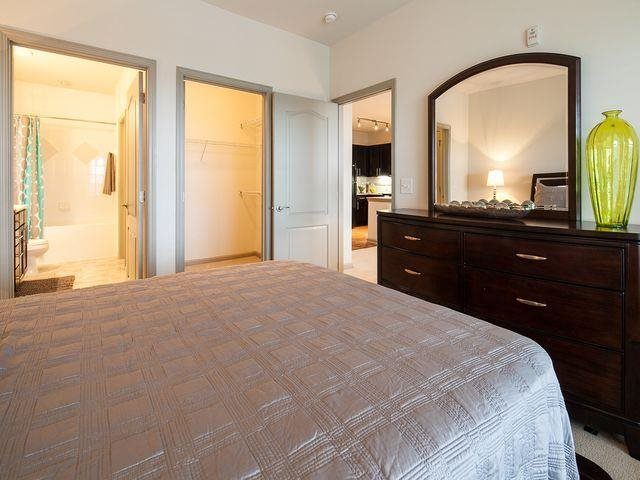 Spacious Guest Bedroom, at Windsor at Glenridge, 305 5610 Glenridge Drive,Sandy Springs, GA