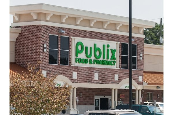 Walk to the Publix Supermarket, Costco, Marshalls, LA Fitness, and Cinebistro, at Windsor at Brookhaven, 305 Brookhaven Ave., Atlanta, GA